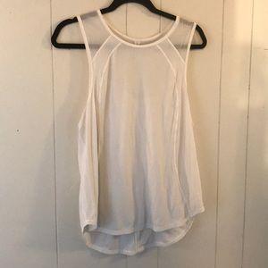 LULULEMON size 8 sleeveless white top